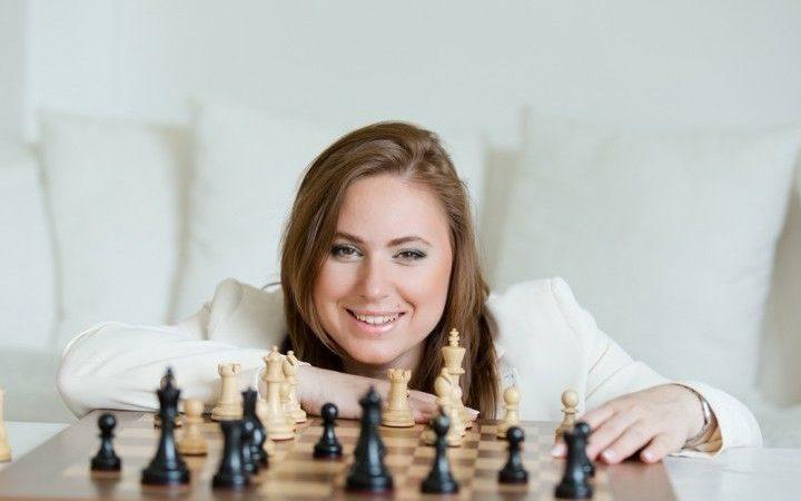 لاعبة شطرنج أم تجربة نفسية ، تعرف على العبقرية جوديت بولجار