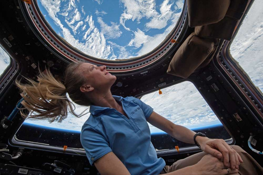 content-1500058757-karen-nyberg-female-astronaut-international-space-station-iss-cupola-windo.jpg