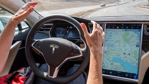 ماذا سيخسر أو يكسب العالم من السيارات ذاتية القيادة؟- بالعربي