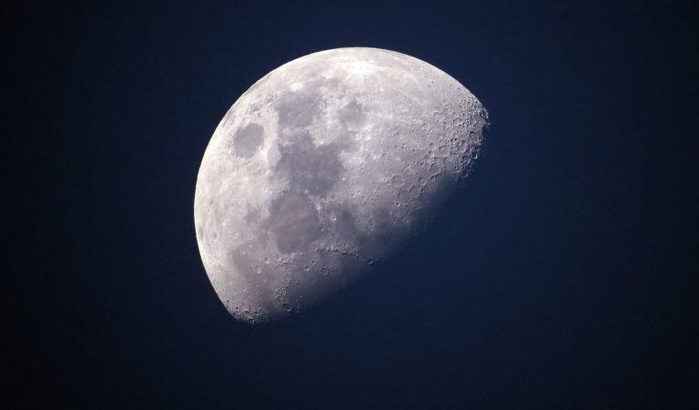 حتى القمر يتعرض لزلازل عنيفة تدوم لساعات -بالعربي